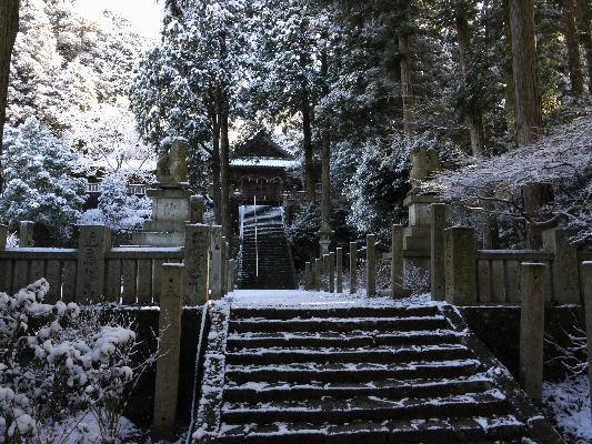 河之内・惣河内神社雪景色 130118 01