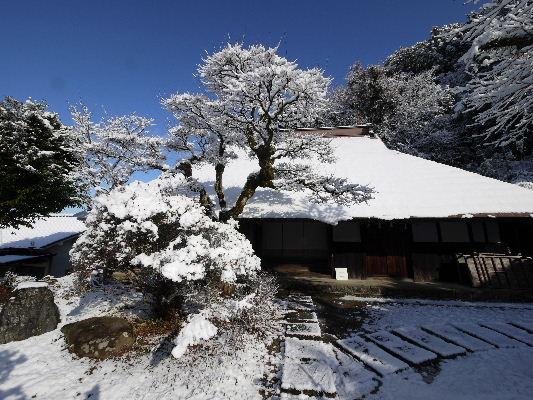河之内・惣河内神社・一畳庵雪景色 130118 01