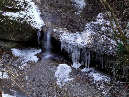 滑川渓谷氷柱・熊の爪 130129 01