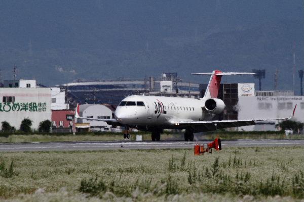 XM CRJ-200ER JA205J RJOM 130611 02
