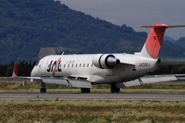 XM CRJ-200ER JA205J RJOM 130611 04