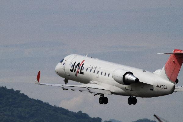 XM CRJ-200ER JA205J RJOM 130611 08