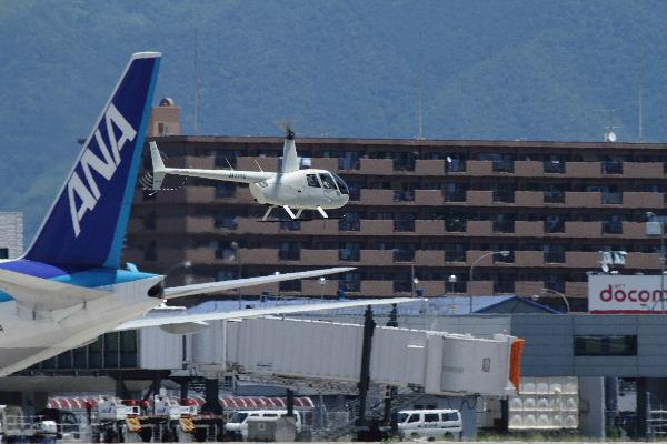 雄飛航空 ロビンソンR44ⅡJA77YC RJOM 130710 03