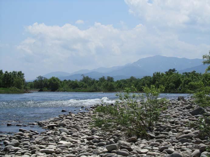 レッドの川景色