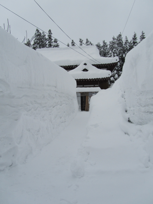 豪雪地帯の旧家