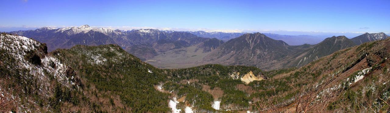 2013年5月12日 日光男体山山頂からの眺めs-