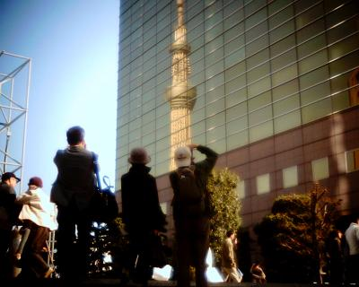 映る東京スカイツリー:Entry
