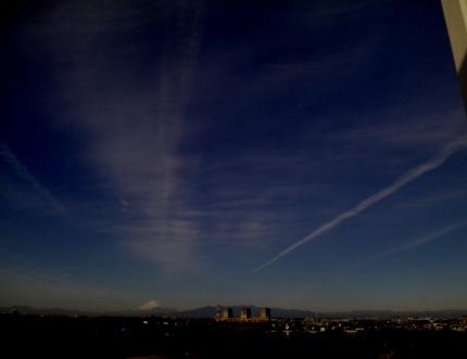 富士山からひこうき雲