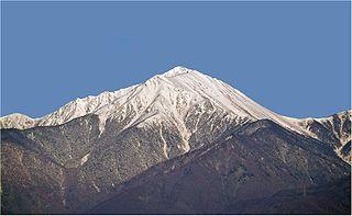 320px-Mt-Jounen_in_Azumino-Hotaka.jpg