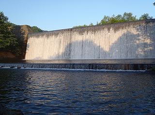 保野川堰堤201306
