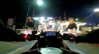夜の高速夜の高速