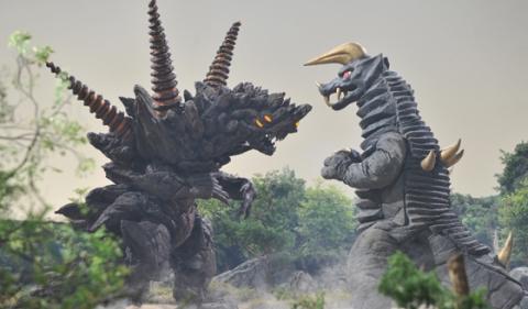 ブラックキング(SD) VS サンダーダランビア(SD)