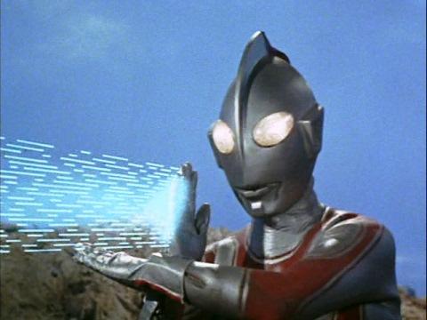 ダンガーにスペシウム光線で止めを刺すウルトラマンジャック