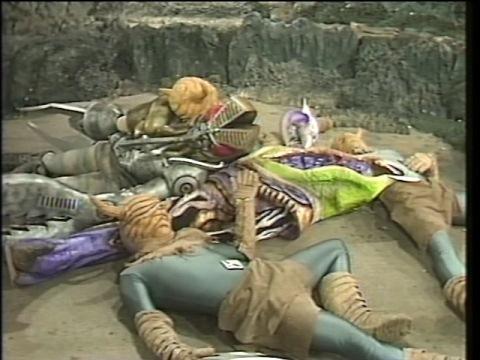 アンドロ戦士に倒されたメカバルタン達