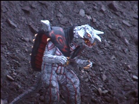 高次元捕食獣 レッサーボガール