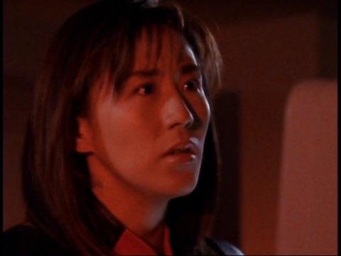 ダイナの事を案じるユミムラ・リョウ隊員(演:斉藤りさ)