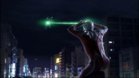 エメリウム光線でペジネラを殲滅するULTRASEVEN X