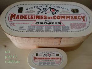 コメルシー木箱入りマドレーヌ大と小