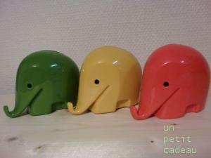 ルイジ・コラーニ  ゾウの貯金箱