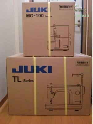 JUKI シュプールTL-30DXとJUKI ロックミシンMO-114D