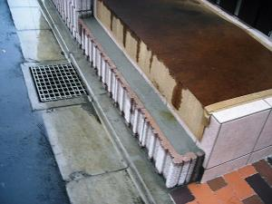 2010年11月17日外溝工事6玄関ポーチ2