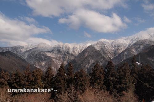 雪の山景色