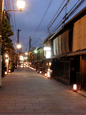 sinbashi_100401_6.jpg