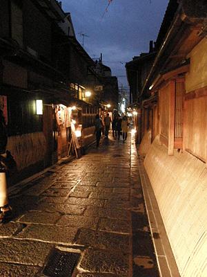 sinbashi_100401_9.jpg
