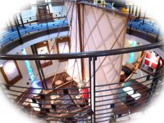 デンマーク館の謎の帆船。