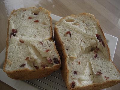 クランベリー食パン