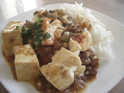 玉ねぎとオイスターソースのマーボー豆腐