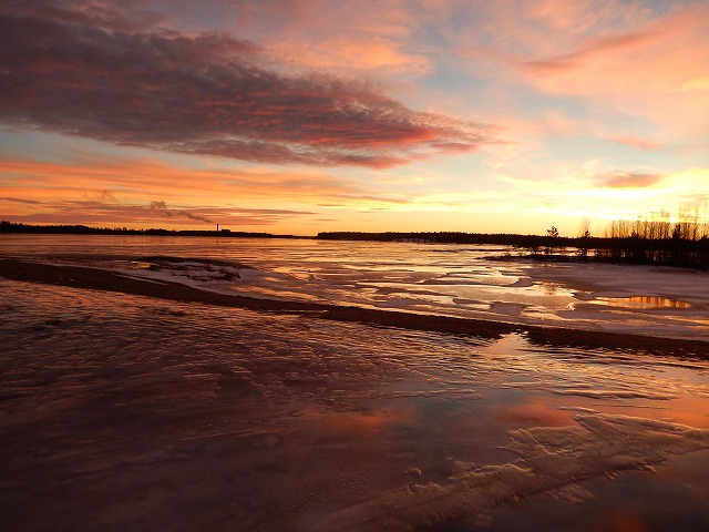 夕陽と湖2