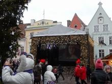 広場のステージ
