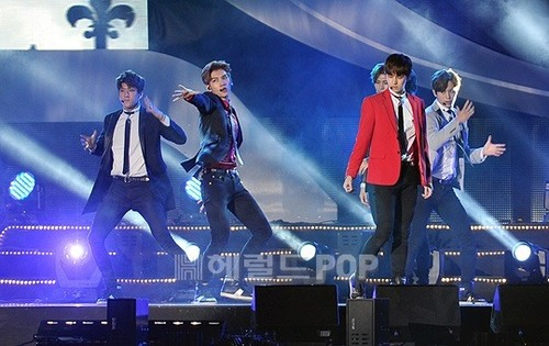 VIXX 2014 Incheon Airport Sky Festival 2