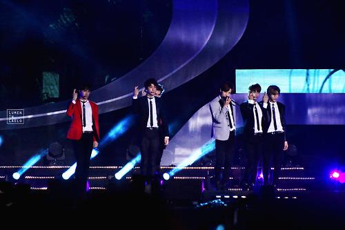 VIXX 2014 Incheon Airport Sky Festival 13