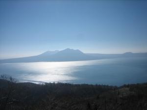先一昨日に登った風不死岳が綺麗!