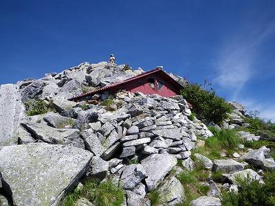 前常念の避難小屋