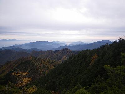御座山から見る西上州の山々