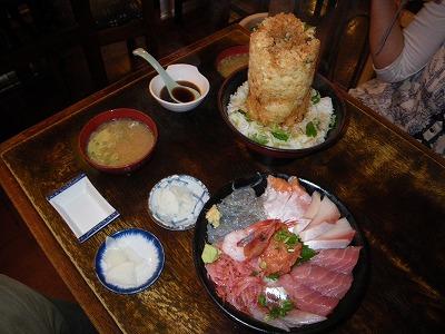 海鮮かきあげ丼と丸天丼
