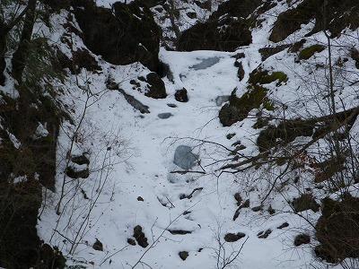 大滝の上は氷結