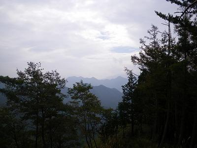 黒岳から滝子山