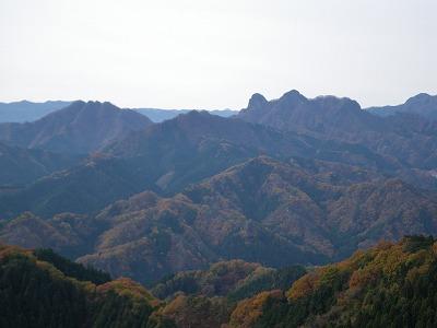 鹿岳と四ツ又山