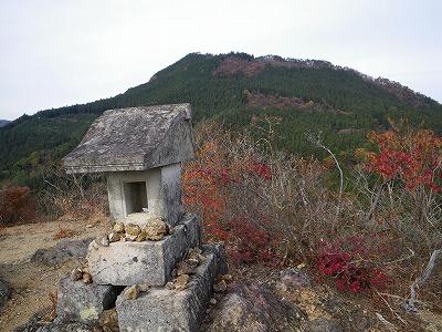 鍬柄岳から大桁山
