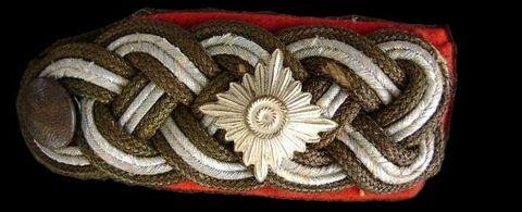 Schulterstücke für Generalleutnant