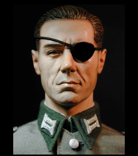 Stauffenbrg_DRAGON_Erwin Stangenberg_01