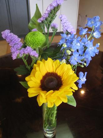 お花屋さん、ありがとうございます♪