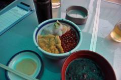 函館三食丼