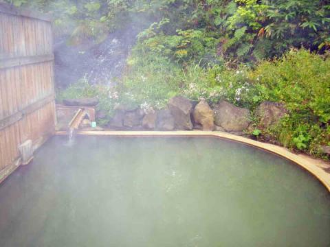 鯉川温泉露天風呂