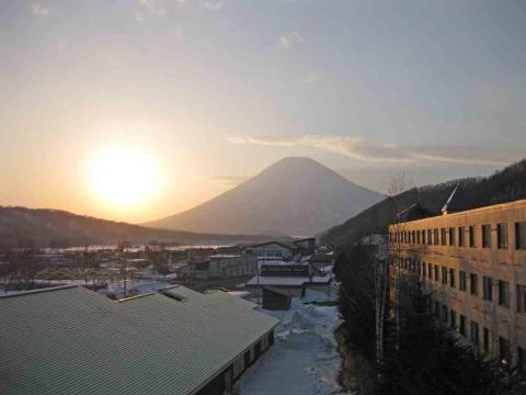 夕日と羊蹄山