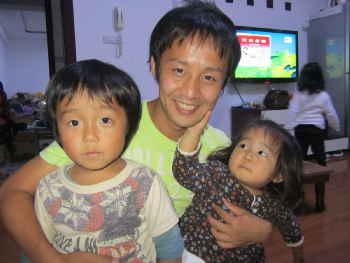中国初日の親子ショット